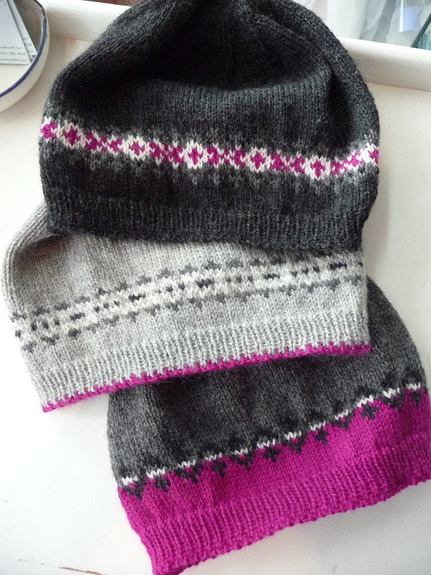 Pattern For Knitted Tea Cosy : close knit: Fair Isle Fun