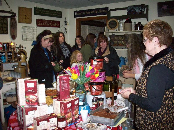 Amish Country Events Girls Night Out