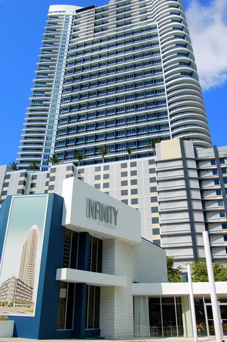infinitiy-at-brickell