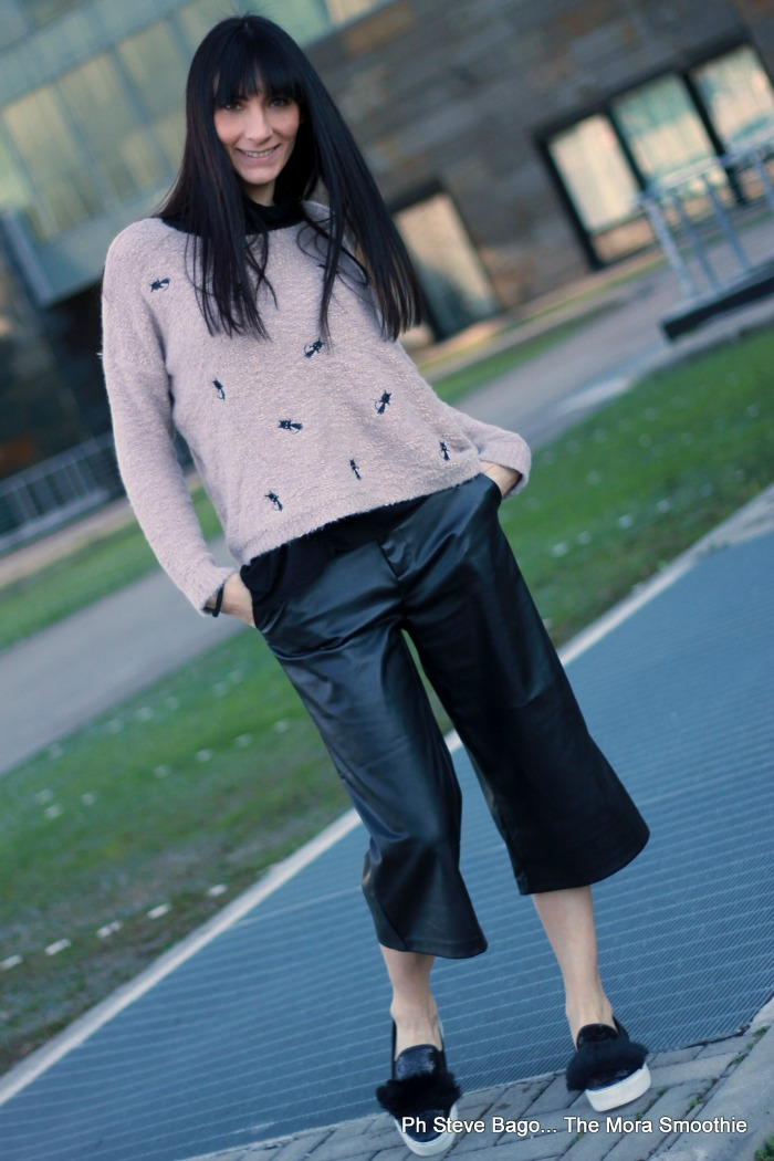 outfit, look, ootd, panta culotte, come indossare panta culotte, slipon, slipon diy, slipon tutorial, come indossare slipon, fashion, fashionblog, fashionblogger, paola buonacara, style, italian blogger, italian fashion blogger, fashion diy blogger, fashion blogger italiana, influencer, trend, fashion trend