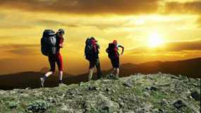 Kebersamaan Saat Mendaki Gunung