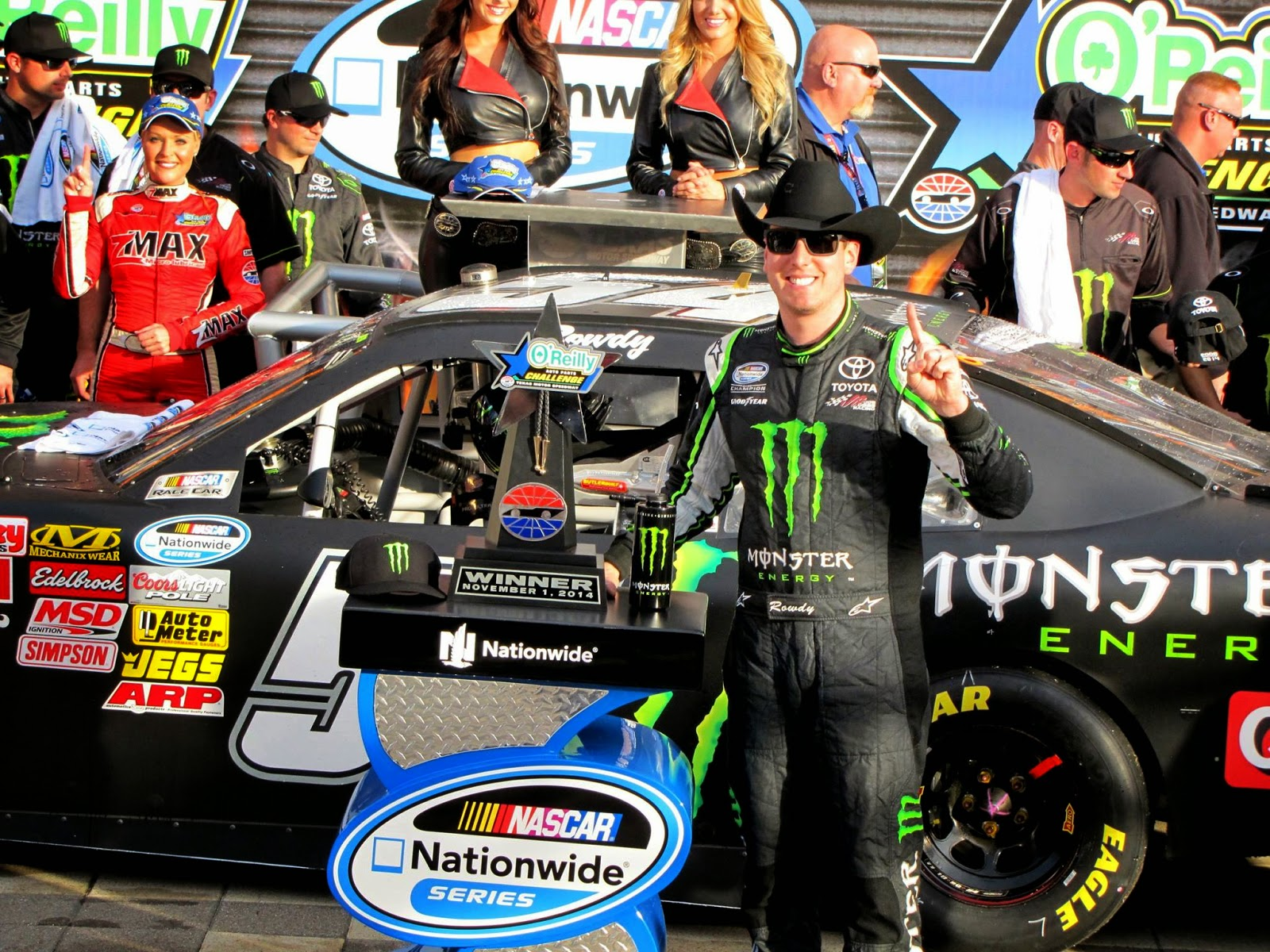 Kyle Busch back in Victory Lane at Texas Motor Speedway in ...