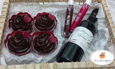 Cesta temática da Doceterapia Cupcakes para o Dia dos Namorados (foto ilustrativa)