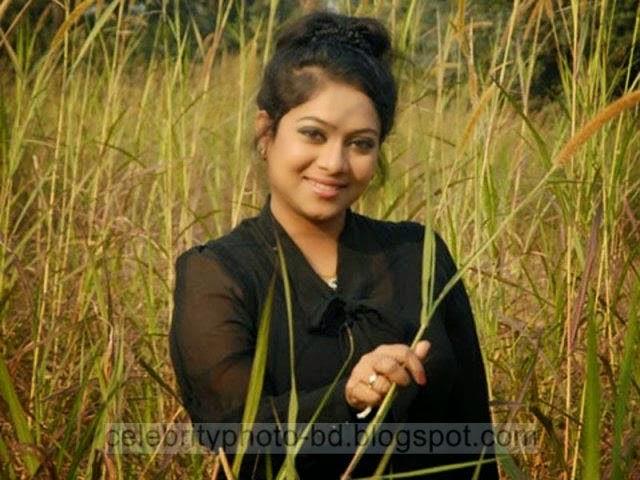 Bangladeshi%2BActress%2BShabnur's%2BLatest%2BPhotos006
