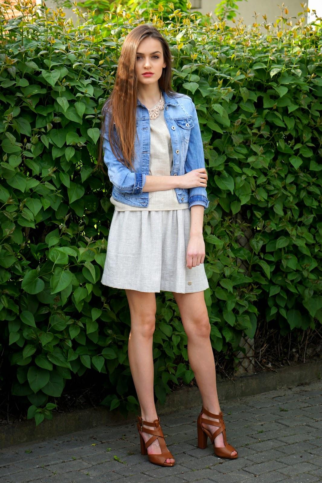 beige & jeans