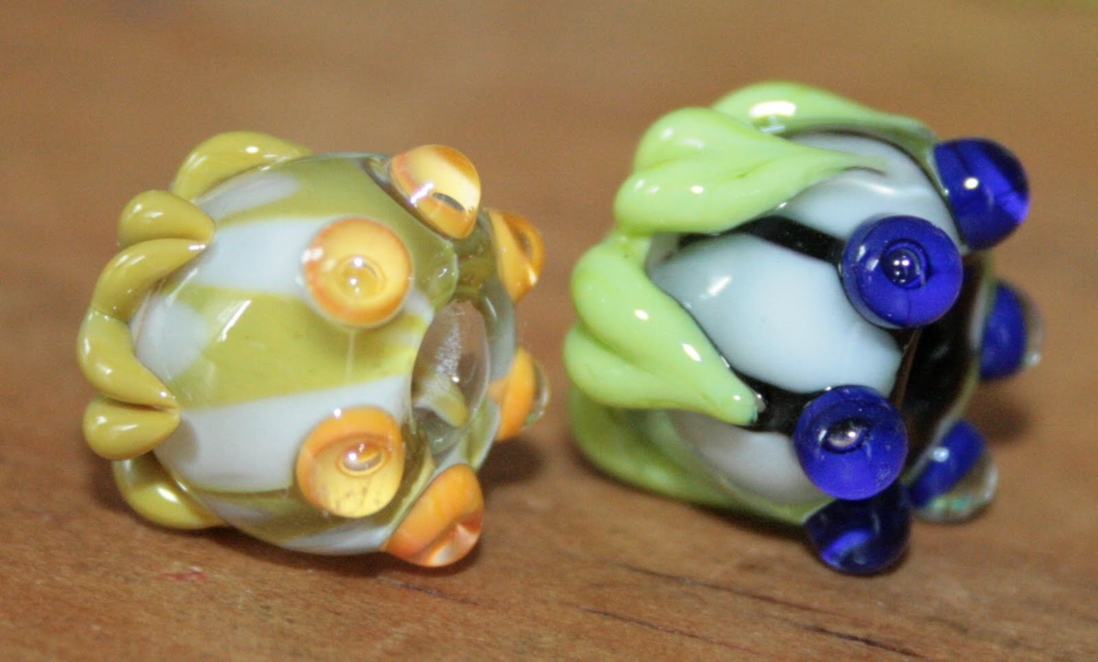 wildlife beads by carmen exotische blumen. Black Bedroom Furniture Sets. Home Design Ideas