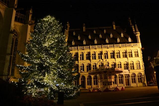 Leuven by night Grote Markt