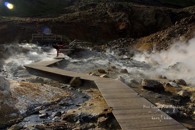 iceland-geothermal-geysir