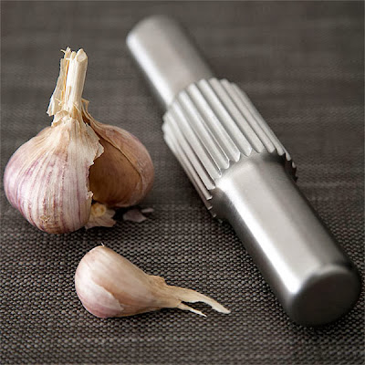 Cool and Creative Garlic Gadgets for your Kitchen (10) 3