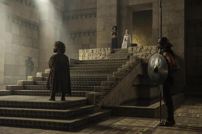 Tyrion es llevado a la corte de Daenerys