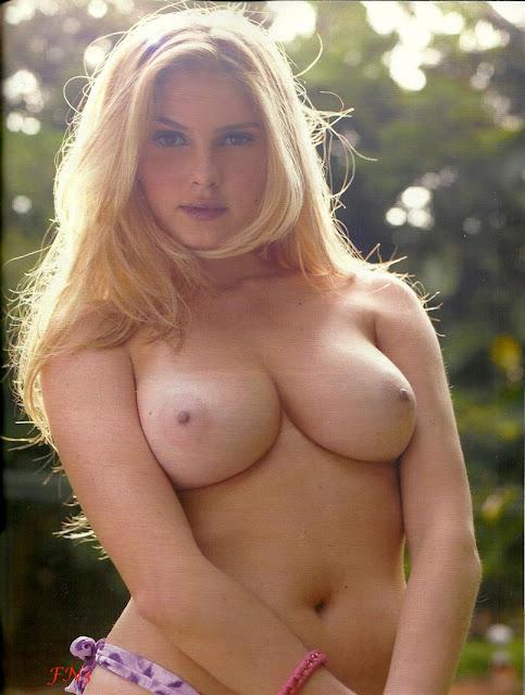 As Fotos De Barbara Evans Pelada Na Playboy E Mais Umas In Ditas