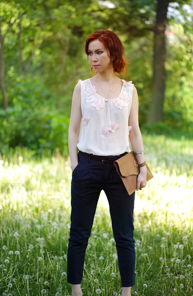 Как добавить романтический штрих в виде шифона бабочек летнего блузке.  www.fashionrolla.com