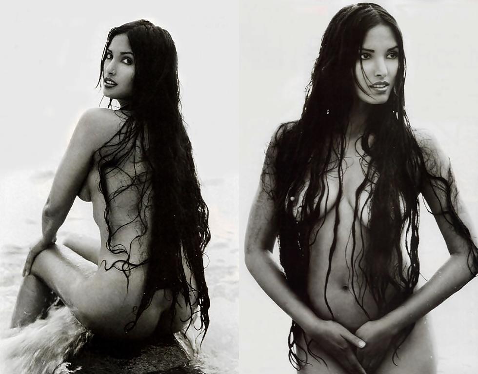 Padma Lakshmi se desnuda en entrevista para Allure