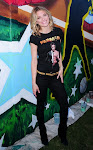 AnnaLynne Mccord in Rock & Republic