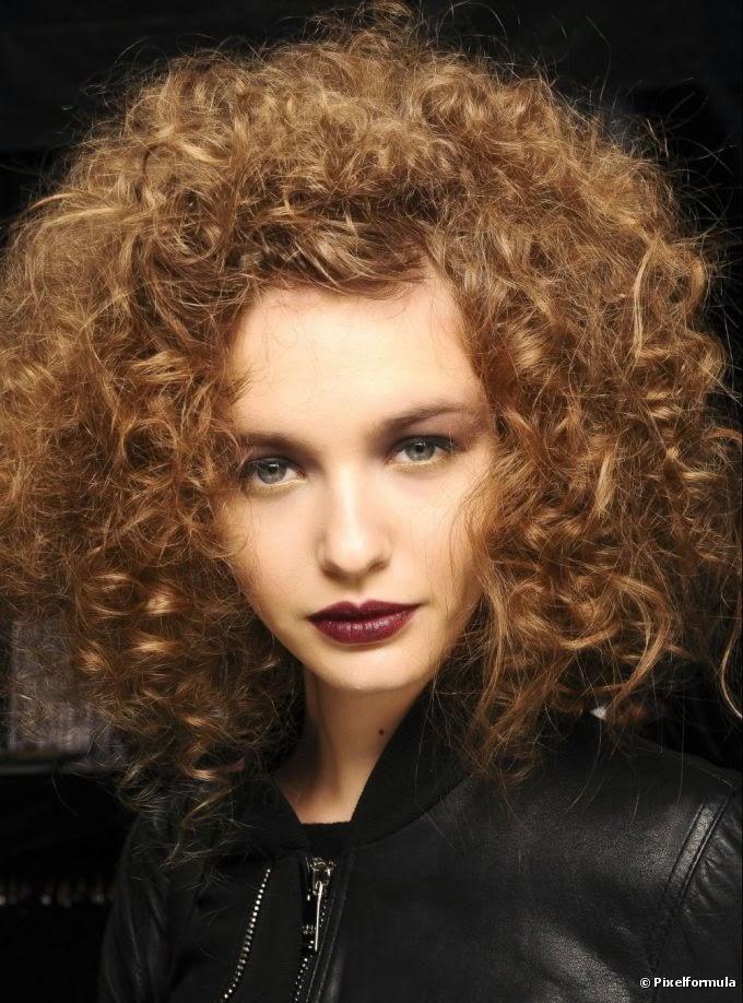 cabelos-cacheados-cheio-5