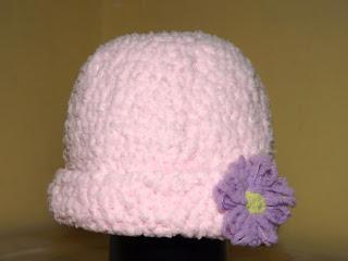 Gorro tejido a crochet o ganchillo para bebé