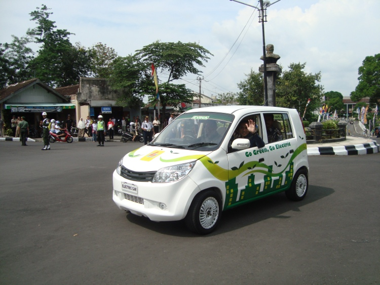 Electric-Car-Indonesia.jpg