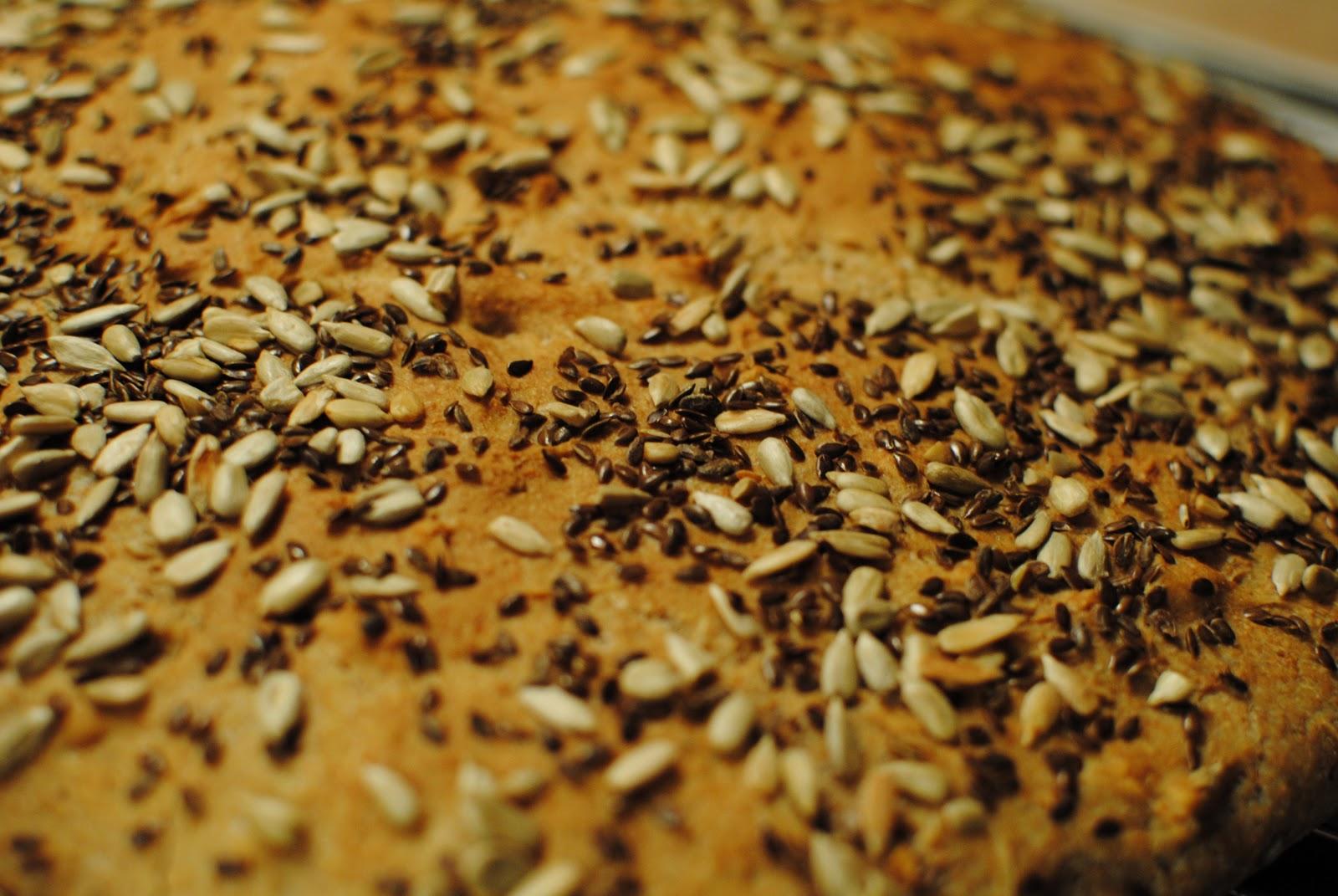svarta frön på bröd