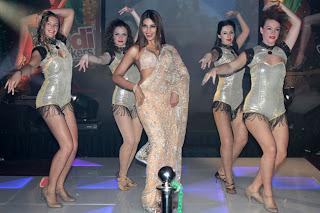 Bipasha Basu, Bipasha in Bikini, Madhavan, Jodi Breakers, Milind Soman, Jodi Breakers Movie, Jodi Breakers release, Jodi Breakers wallpaper, Mrinalini Sharma, Dipannita Sharma, Omi Vaidya, the music launch