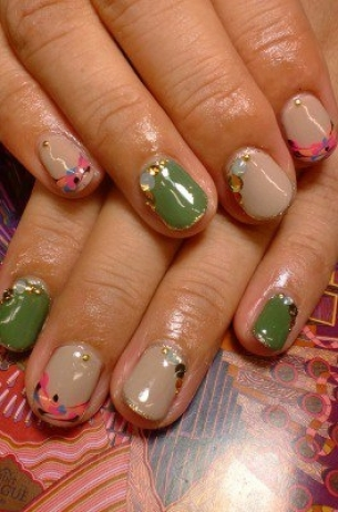 Glam-Chic-Fall-2012-Nail-Art-Designs-4