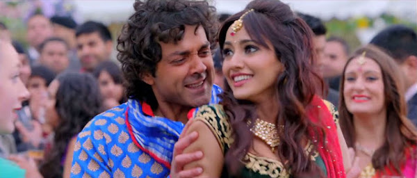 Suit Tera Laal Rang Da - Yamla Pagla Deewana (2013) Full Music Video Song Free Download And Watch Online at worldfree4u.com