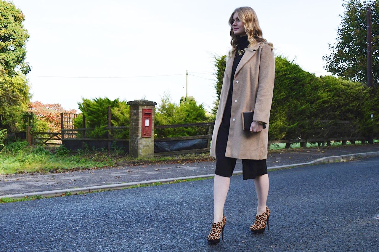Camel coat style, FashionFake, fashion bloggers, Autumn style