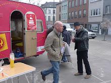 Hiwaar voert campagne voor kiosk