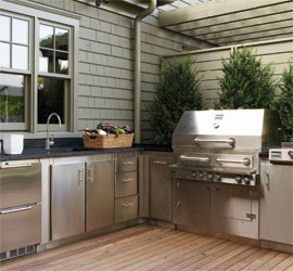 Lynn Morris Interiors August - Creating the ideal outdoor summer kitchen this fall