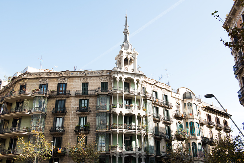 the petticoat urban outfitters generator hostels barcelona opening 15