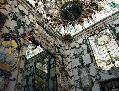 Madrid de los Borbones (I): El Palacio Real Palacio%2BReal%2BSal%25C3%25B3n%2Bde%2B%2Bporcelana