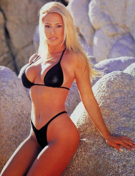Pamela Paulshock a hot female body builder and wrestler