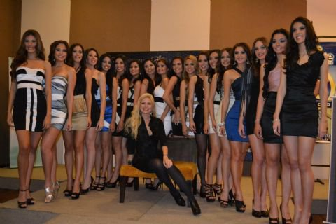 More photos of Miss Universo Paraguay 2011 contestants