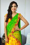 Reetu varma sizzling in half saree-thumbnail-18