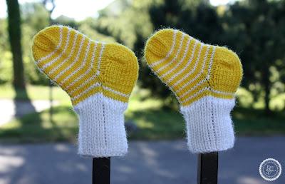 mezgimas kojinės mažyliui