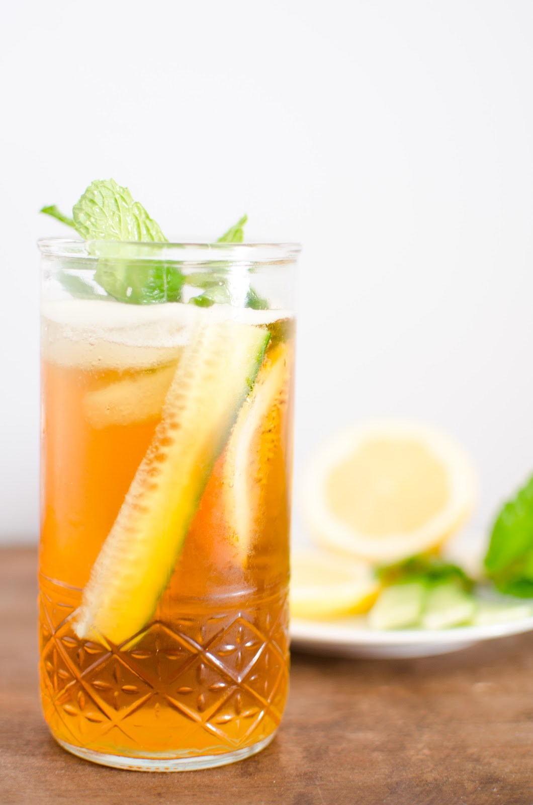 Apricosa the monday mixed drink pimm 39 s cup for What to mix with pimms