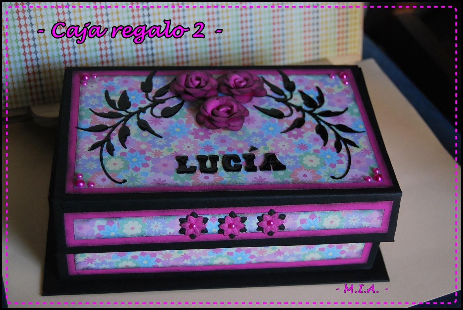 Tela papel tijeras cajas de regalo for Cajas de carton decoradas
