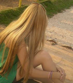 Fotos Fake De Meninas Loiras Costa Sem Mostra O Rosto