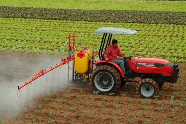 Maquinaria agricola for Herramientas de campo