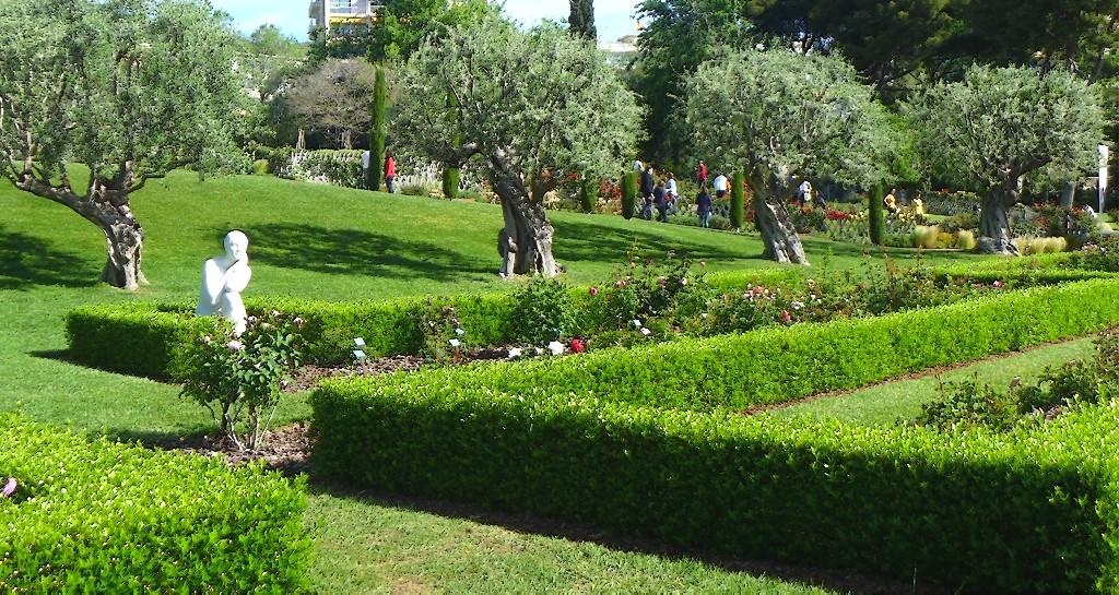 Hablemos de jardines 12 concurso internacional de rosas - Jardines de barcelona ...