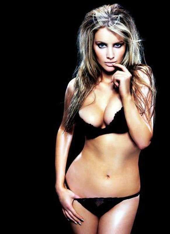 Tiffany Mulheron Nude Photos 33