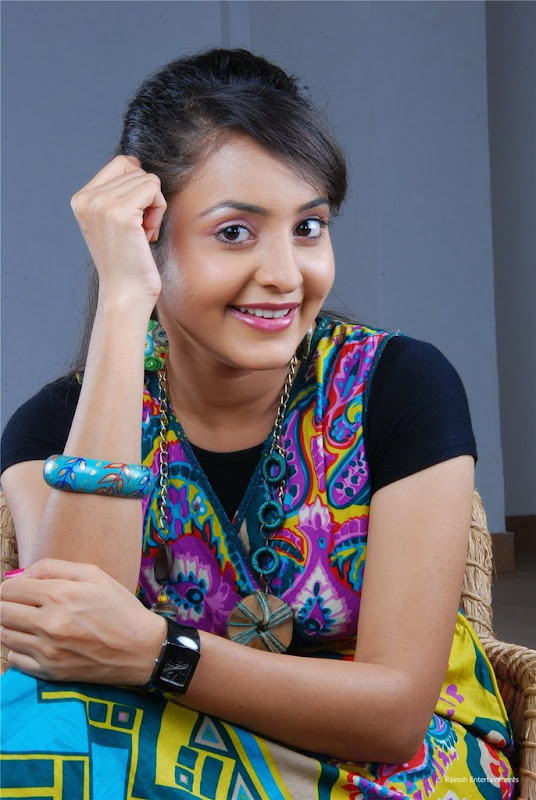Malayalam Actress Bhama Latest Cute Stills Images Gallery unseen pics