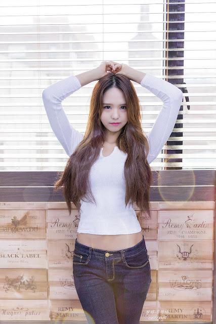 4 Kim Yu Min - Three Studio Sets - very cute asian girl-girlcute4u.blogspot.com