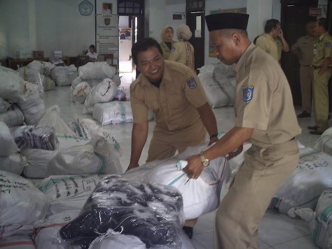 Siswa SD Sukmajaya dan Tapos Bakal Terima Baju dan Sepatu Gratis