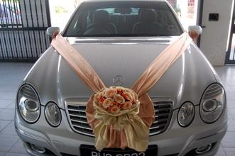 bunga mobil pengantin,dekorasi mobil pengantinflorist