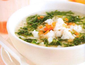 เมนูสุขภาพสำหรับเด็ก ข้าวต้มปลาสับกับผักโขม