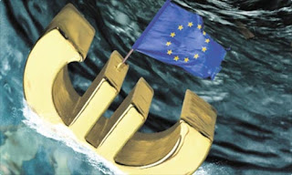 "FINANCIAL TIMES: ""H ευρωζώνη καταρρέει - Ζήτημα χρόνου να αποχωρήσουν χώρες από το ευρώ"""