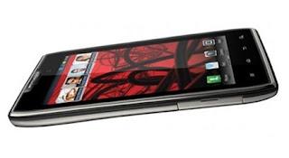MOTOROLA RAZR MAXX smartphone