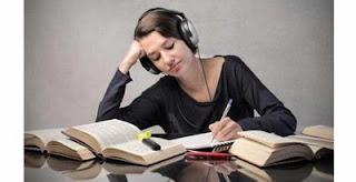 Bekerja Sambil Mendengarkan Musik Meningkatkan Konsentrasi?