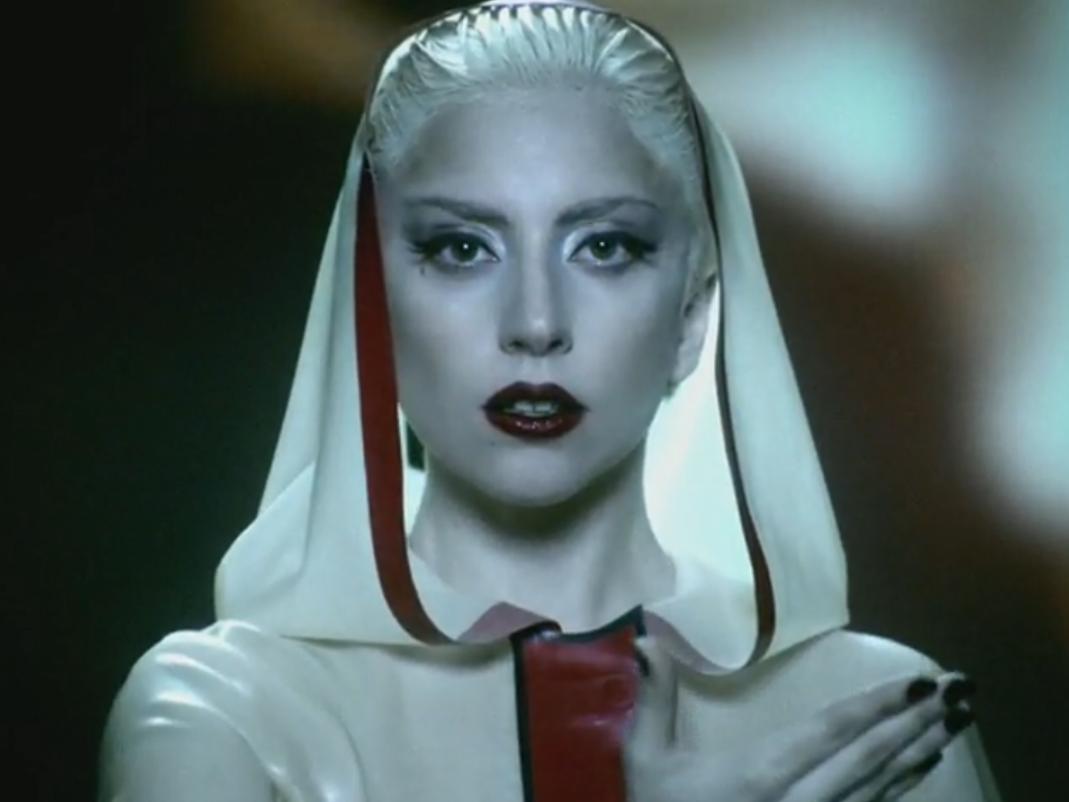 http://4.bp.blogspot.com/-dZUH4gijWk4/T_blHcfVxEI/AAAAAAAADPs/rPxtshXH4lI/s1600/Lady-Gaga-skin.png