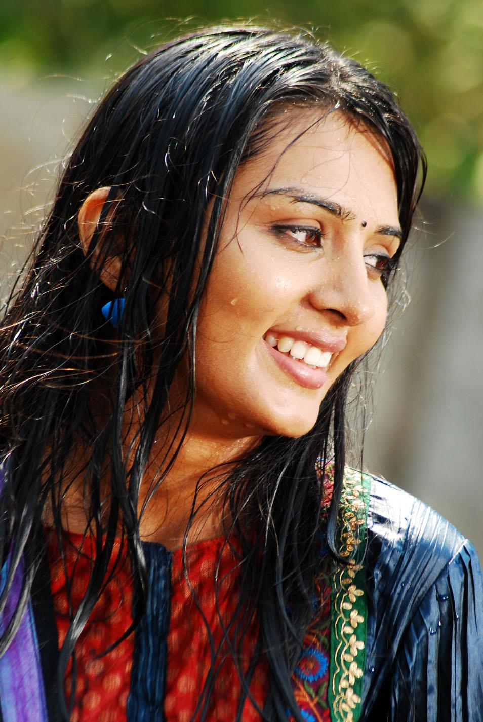 Adultmoviexxx Stunning actress sindhu hot photo gallery - 7 pics
